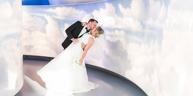 air zoo museum wedding